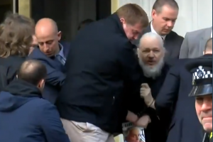 Julien Assange condamné aux États-Unis pour espionnage