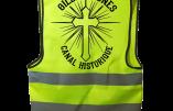 """Qui n'a pas son gilet jaune """"canal historique"""" catholique ?"""