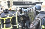 Les images des pompiers brutalement réprimés par les forces de l'ordre