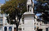 """Les """"indigénistes"""" veulent détruire nos statues, « Défendons nos statues »"""