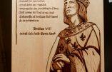Pyrogravure de Saint Louis et citation de Boniface VIII