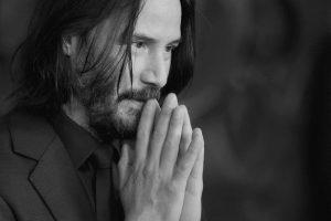 L'acteur Keanu Reeves dit prier pour «que nos enfants ne soient pas instruits et guidés par la propagande polluée que la mafia Big Tech essaie de nous vendre»